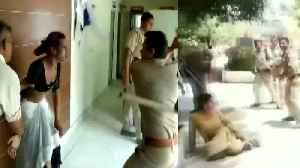On Video, UP cops thrash transgenders at police station in Meerut | Oneindia News [Video]