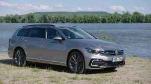 2019 Volkswagen Passat Estate GTE Design [Video]