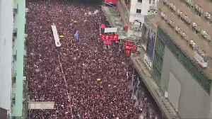 Timelapse of Hong Kong protesters filling the streets in protest against extradition bill [Video]