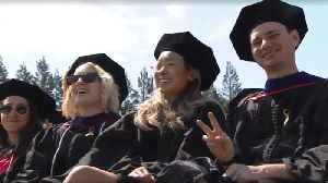 """""""Be different!"""": Apple CEO tells Stanford graduates [Video]"""