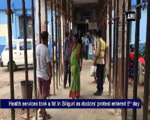 Junior doctors strike enters sixth day patient suffer in Siliguri [Video]