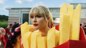 News video: Taylor Swift And Katy Perry Make Up