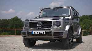 Mercedes-Benz G 400 d Design in Mojave Silver [Video]
