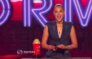 Empowerment rules at MTV awards [Video]