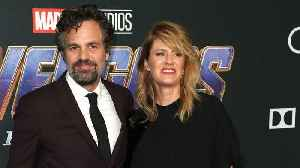 Mark Ruffalo Shows How Serious Was The 'No Phone Rule' On Set Of 'Avengers: Endgame' [Video]