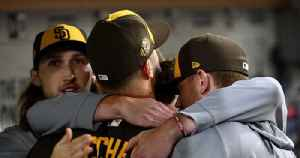 Padres celebrate strong starts with group hugs [Video]