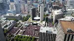This time lapse footage shows the stampede after the shootings during the Toronto Raptors parade [Video]
