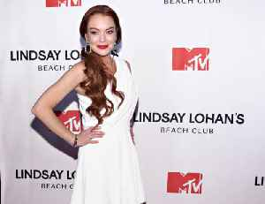 Lindsay Lohan defends beach clubs [Video]