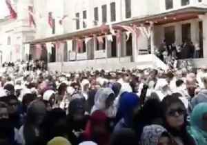 Funeral Prayers Held for Former Egyptian President Mohamed Morsi in Istanbul [Video]