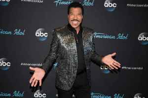 Happy Birthday, Lionel Richie! [Video]