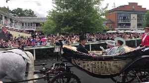 News video: Queen arrives for day three at Royal Ascot
