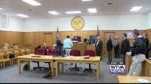 Victim of acid attack files lawsuit against former Webster County sheriff [Video]