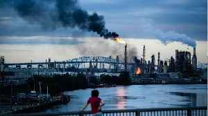 Reports Of Explosions Amid 'Massive' Out Of Control Fire At Philadelphia Refinery [Video]