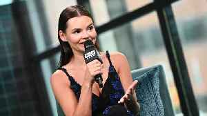 Eline Powell Looked To Her Childhood To Learn How To Be A Mermaid [Video]