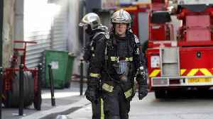Three dead and one gravely injured in Paris' building fire [Video]