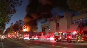 3-Alarm Fire Engulfs Building in San Leandro [Video]