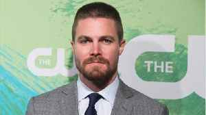 Stephen Amell Reacts To Arrow On Jeopardy [Video]