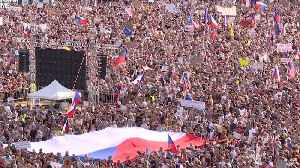 In Biggest Protest in Decades, Czechs Call on PM to Step Down [Video]