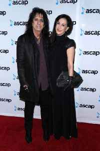 Alice Cooper's pact with wife [Video]