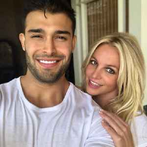Britney Spears and her boyfriend are relationship goals [Video]