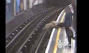 London tube 'pusher' who shoved ex-Eurotunnel chief onto track gets life sentence [Video]