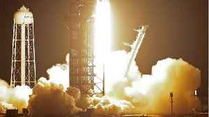 News video: SpaceX Launches Falcon Heavy