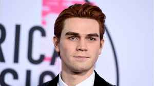 Fantastic Four Writer Suggests KJ Apa Should Play Johnny Storm [Video]