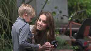 Keen snapper Kate named new patron of Royal Photographic Society [Video]