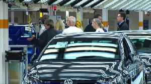 Big carmakers including VW, FCA could face 2021 EU emissions fines - study [Video]