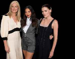Olivia Munn, Emma Greenwell & Joely Richardson Discuss STARZ's 'The Rook' [Video]