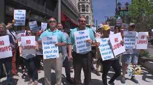Dozens Of Journalists Protest Philadelphia Media Network Outside Inquirer Building [Video]