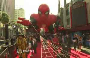 Spider-Man cast praise Tom Holland at world premiere [Video]