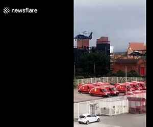 SAS spotted training with helicopters on Manchester rooftop [Video]