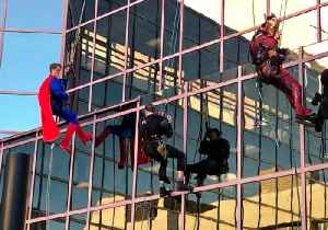 Adelaide Hospital Window Cleaners Don Superhero Costumes to Cheer Up Sick Kids [Video]