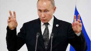 News video: Putin says that Elton John was 'mistaken' about LGBT rights in Russia