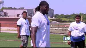 Pernell McPhee hosts youth football camp [Video]