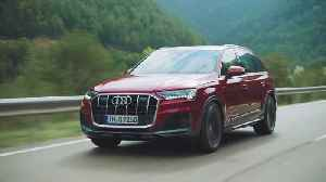 The new Audi Q7 Driving Video [Video]