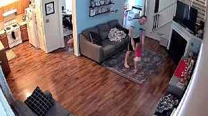 Adorable cctv captures toddler making her daddy join impromptu dance party [Video]