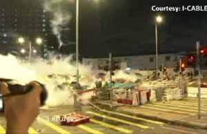 Police move in on Hong Kong protestors [Video]