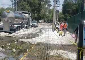 Crews Work to Remove Ice Following Severe Storm in Guadalajara, Mexico [Video]