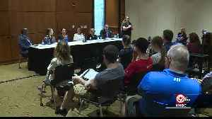 Student loan debt topic of roundtable in Overland Park [Video]