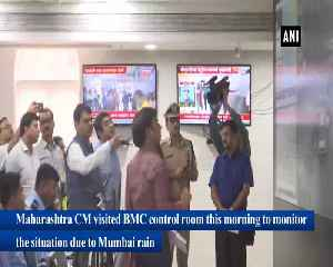 CM Fadnavis visits BMC control room to review rainfall situation in Mumbai [Video]