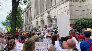 Protesters Gather Outside Philadelphia Senator's Office as Part of Nationwide #CloseTheCamps Rallies [Video]