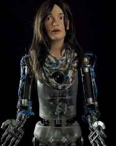 Stunningly realistic A.I. humanoid robot draws incredible portrait [Video]