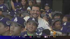 Dodgers Pitcher Gives Back By Reading To Area Children [Video]