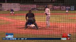 Bakersfield Train Robbers lost 6-1 to the Invaders [Video]