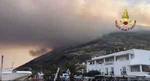 Firefighters Begin Rescue Operation for Hikers After Stromboli Volcano Erupts [Video]