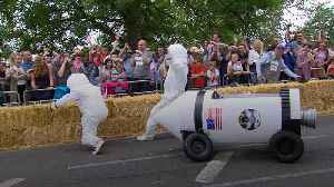 Competitors take part in Red Bull Soapbox Race as it returns to London [Video]