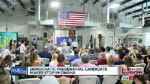 Democratic presidential candidate Julian Castro makes stop in Omaha [Video]