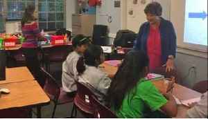 Congresswoman Lois Frankel visits Lake Worth shelter for immigrant girls [Video]